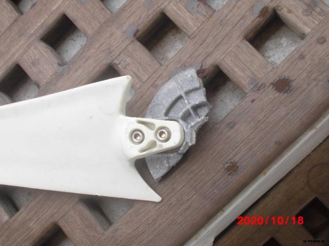 20201018 windgenerator schrott